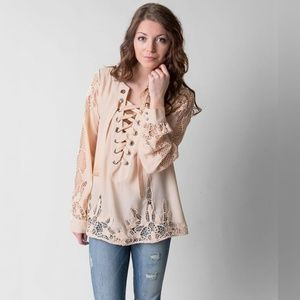 Gimmicks By BKE Lace-Up Top Crochet Sleeves